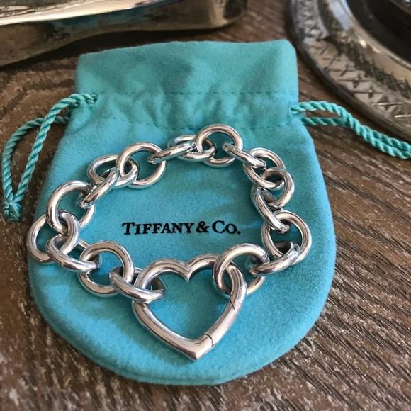 de8479457d0f7 Tiffany & Co. Jewelry   Tiffany Co Open Heart Clasp Toggle Bracelet ...